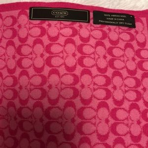 PrettyNPink Authentic Coach flats and scarf 8.5/9